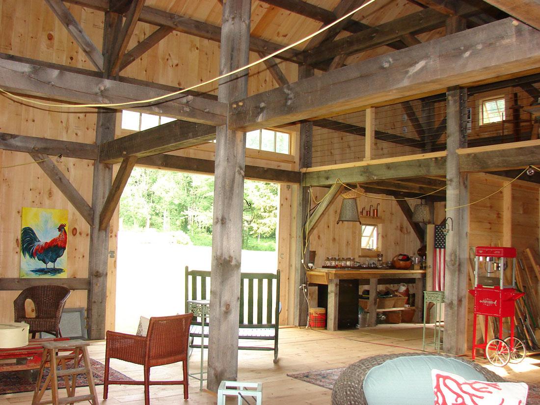 Houses And Barns Pettengil Timber Frame Barn