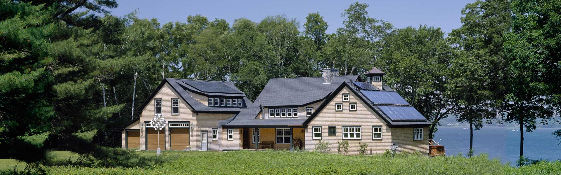 Custom homes by Houses and Barns by John Libby