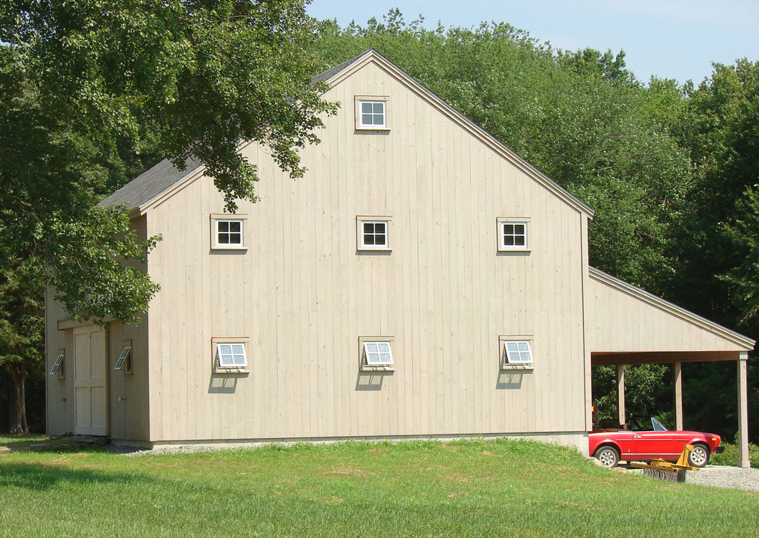 Houses and Barns | Pettengil timber frame barn