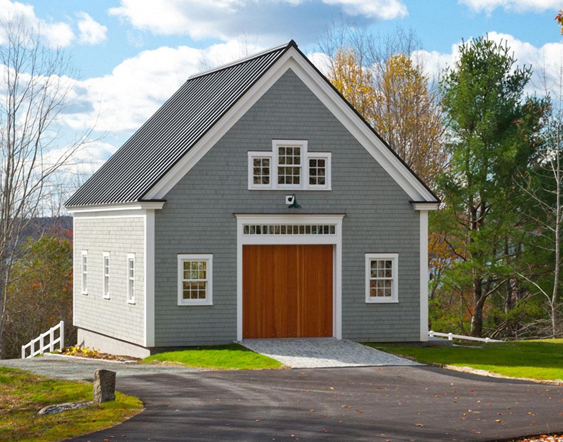 Houses and barns winslow timber frame houses and barns for Barn frame homes