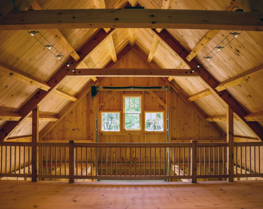 Houses and Barns | Winslow Classic Timber Frame Maine Barn